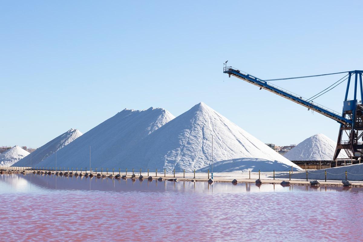 Química e Derivados - Montanhas de sal darão origem ao cloro e à soda de uso industrial